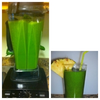 My favorite tropical green smoothie!
