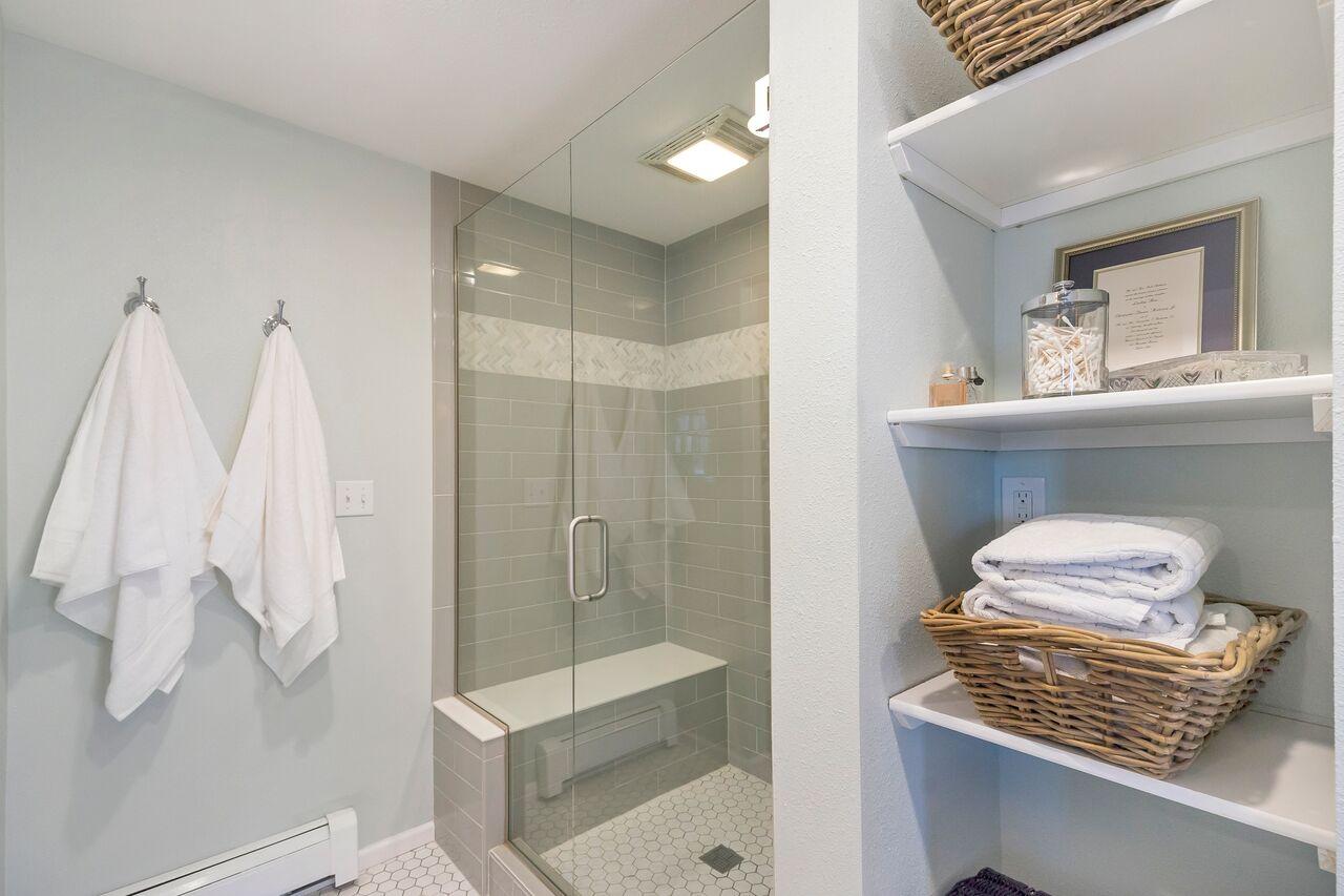 Accent House Master Bath