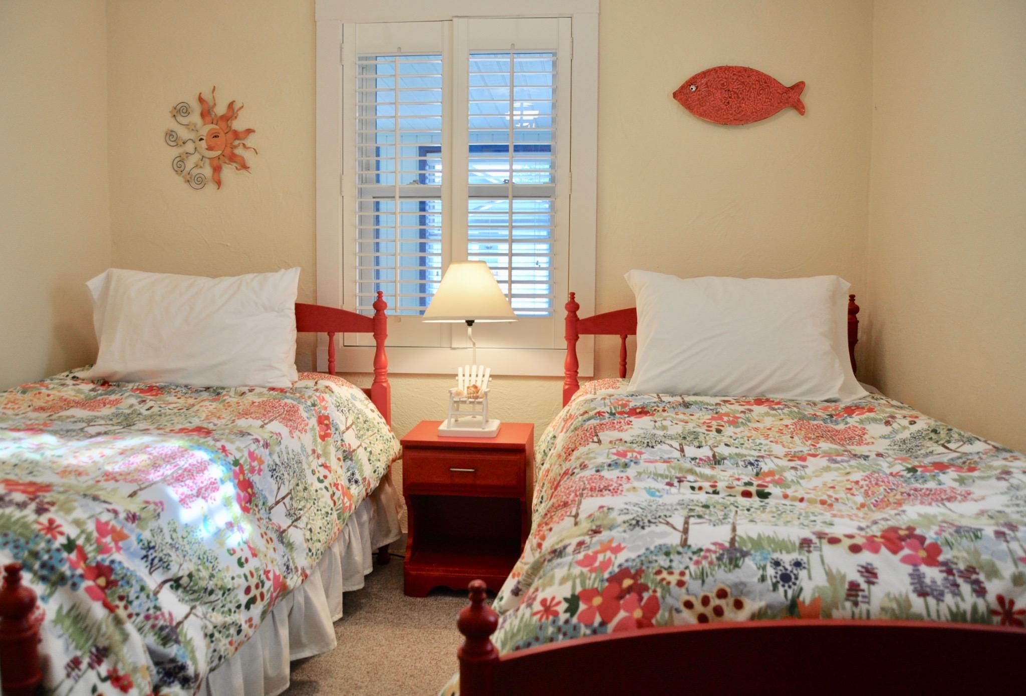 Decluttered guest bedroom