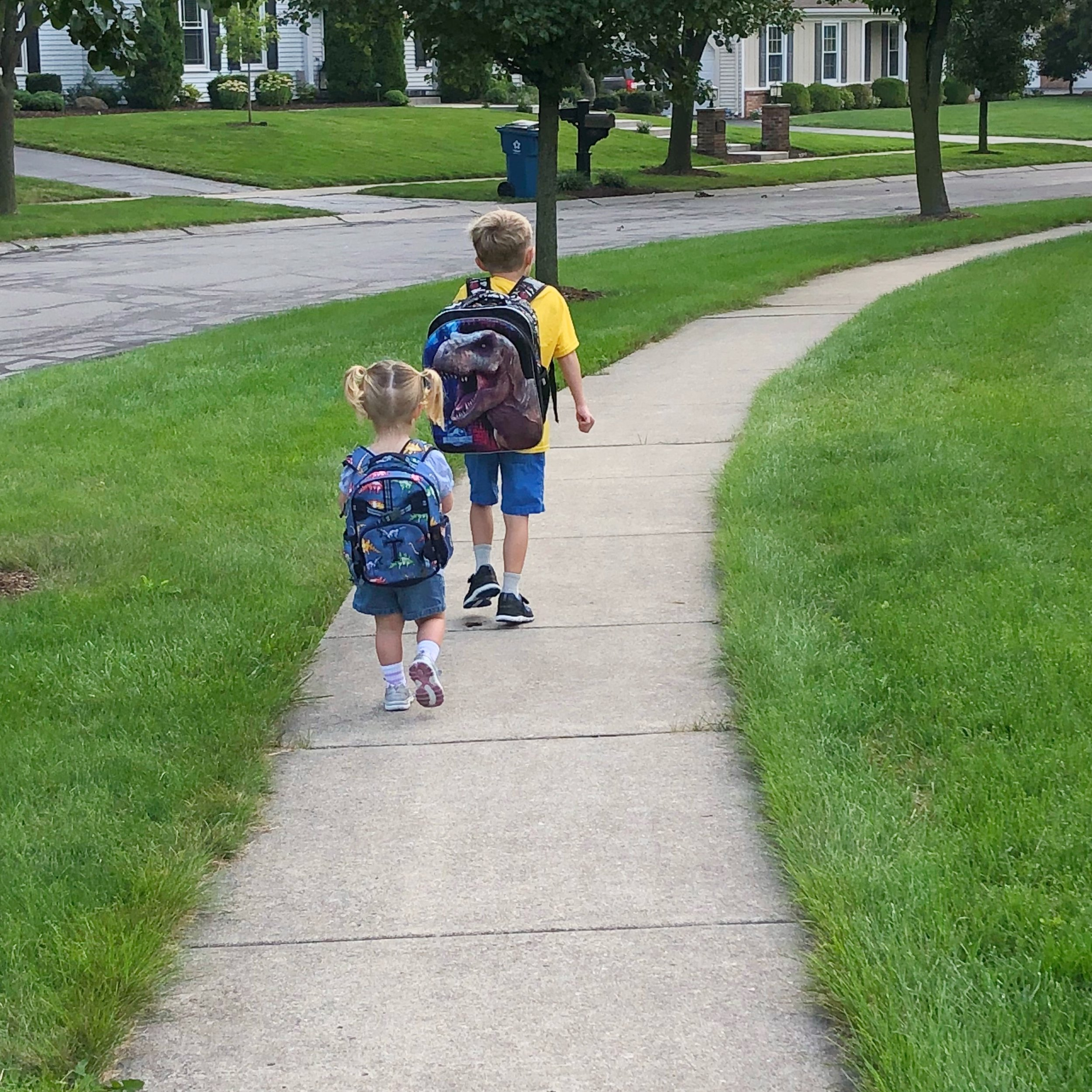 Thomas and Evie excited for their first day of school in Ohio!