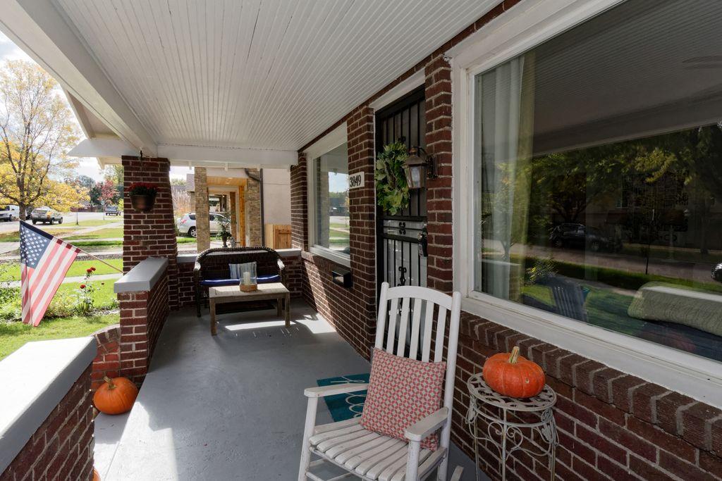 neighborhood house porch.jpg
