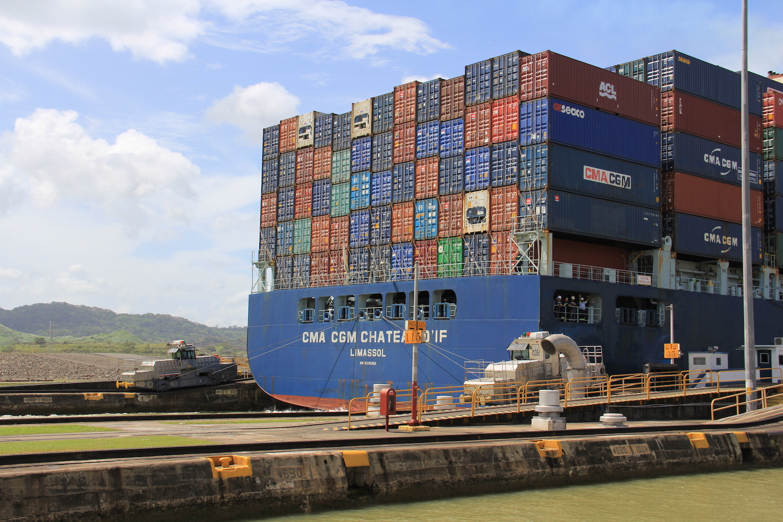 Panama Canal_Locks.JPG
