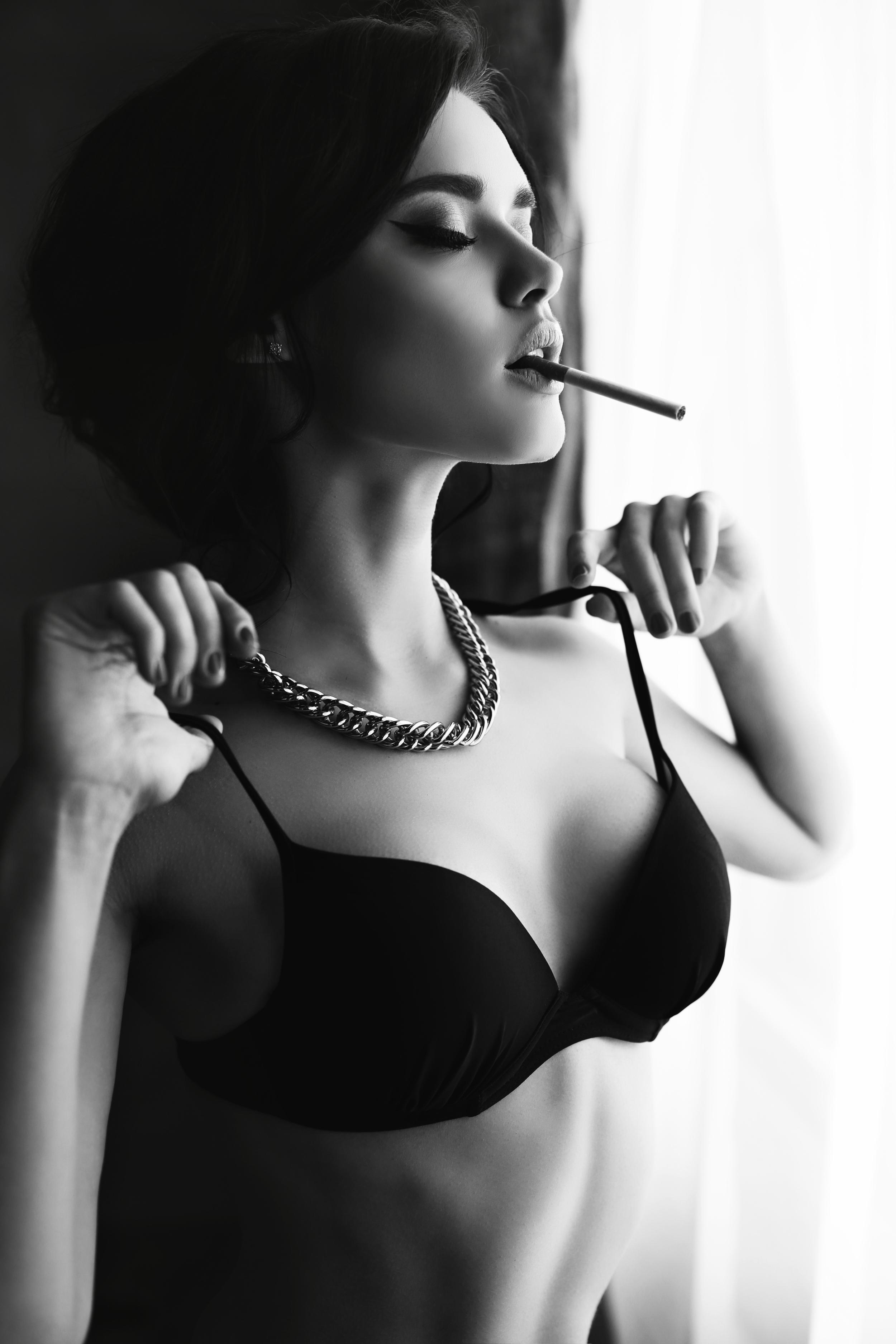 Isabella Black and White.jpg
