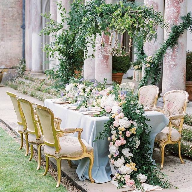 So thrilled to see this Faded Romance editorial on the beautiful @ruffledblog this morning! Click the link in my profile to see all the gorgeous details! . Planning, design and styling @kimbalasubramaniam Photography @zosiazacharia Videography @baxterandted Venue @somerleyweddings_events Floral design @rickypaulflowers Crockery, cutlery, glassware @duchessbutler Linen @just_4_linen Stationery @roseandruby_com Silk ribbons @lancasterandcornish Headpieces @agneswalker_jewellery Gown @naomineoh Shoes @emmylondonofficial Cakes @thecustomcakeboutique Jewellery @webbsjewellers Hair and make-up @chillhousemakeup Styling assistant @bride2beblog Car @ultimate_classic_car_hire ⠀⠀⠀⠀⠀⠀⠀⠀⠀ #Repost @ruffledblog ・・・ Give us a minute to catch our breaths . This editorial from England is giving us royal vibes ✨ . . . . #lushflowers #flowergarland #tablescapes #englishcountrysideweddings #weddinginspo #calledtobecreative #thatsdarling #weddingdetails #ohwowyes #floraldesign #weddingplanning #uniquewedding #weddingphotography #weddingdecor #bride #engaged #weddingblog #weddingstationery #luxuryweddingstationery #goldweddingstationery #luxurywedding #calligraphy #calligraphyinvitations #goldcalligraphy #chateauwedding #royalwedding #royalwedding2018