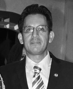 Mario Calle  Primer Vice-Presidente