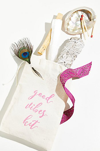 Free People Good Vibes Kit - I think this Good Vibes Kit is just a really creative gift idea!