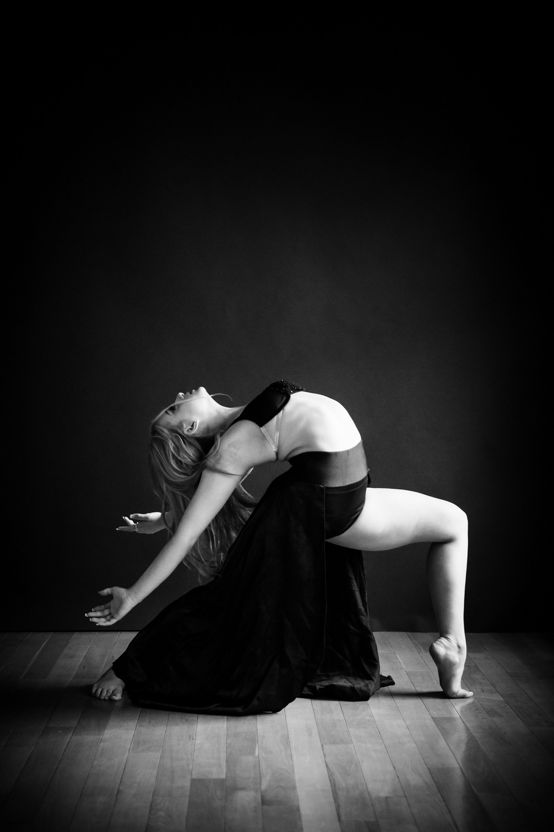 nEO_IMG_Xing Photography Soul of Dance - Haley-16-BW.jpg