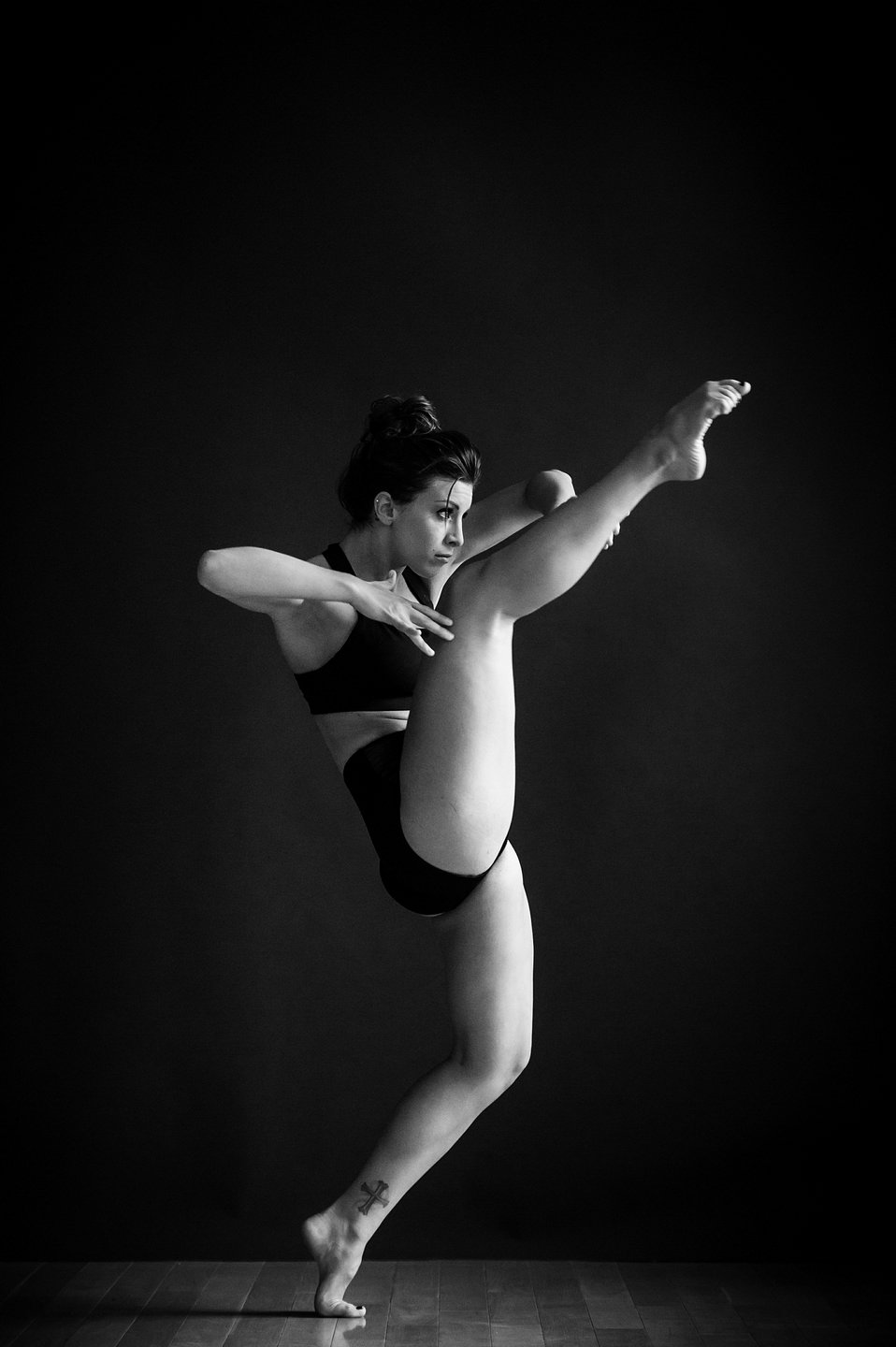 Los Angeles Dance Portrait Photo - Stephanie Abrams - by Tommy Xing Photography 04.jpg