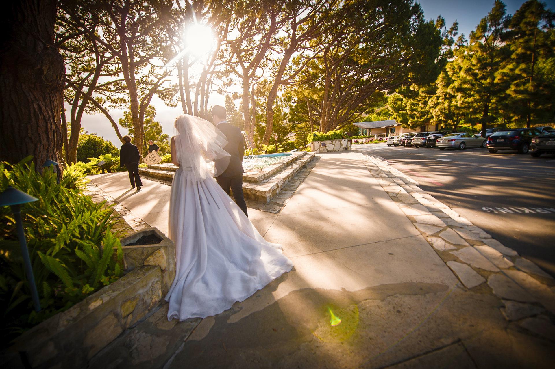 wayfarers chapel wedding bride ready to walk in