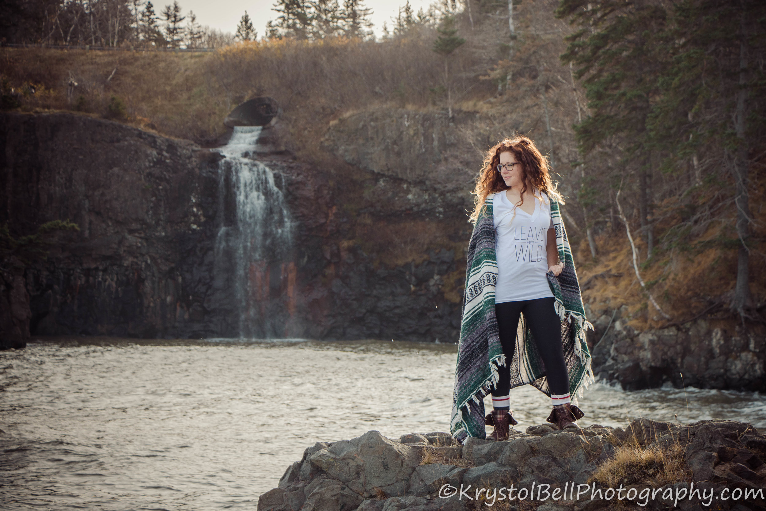 Sarah was modeling another shirt from Run Wild Child out at Baxter's Harbour.  Her hair, the clothing and blanket, the waterfall... it all goes so well together!