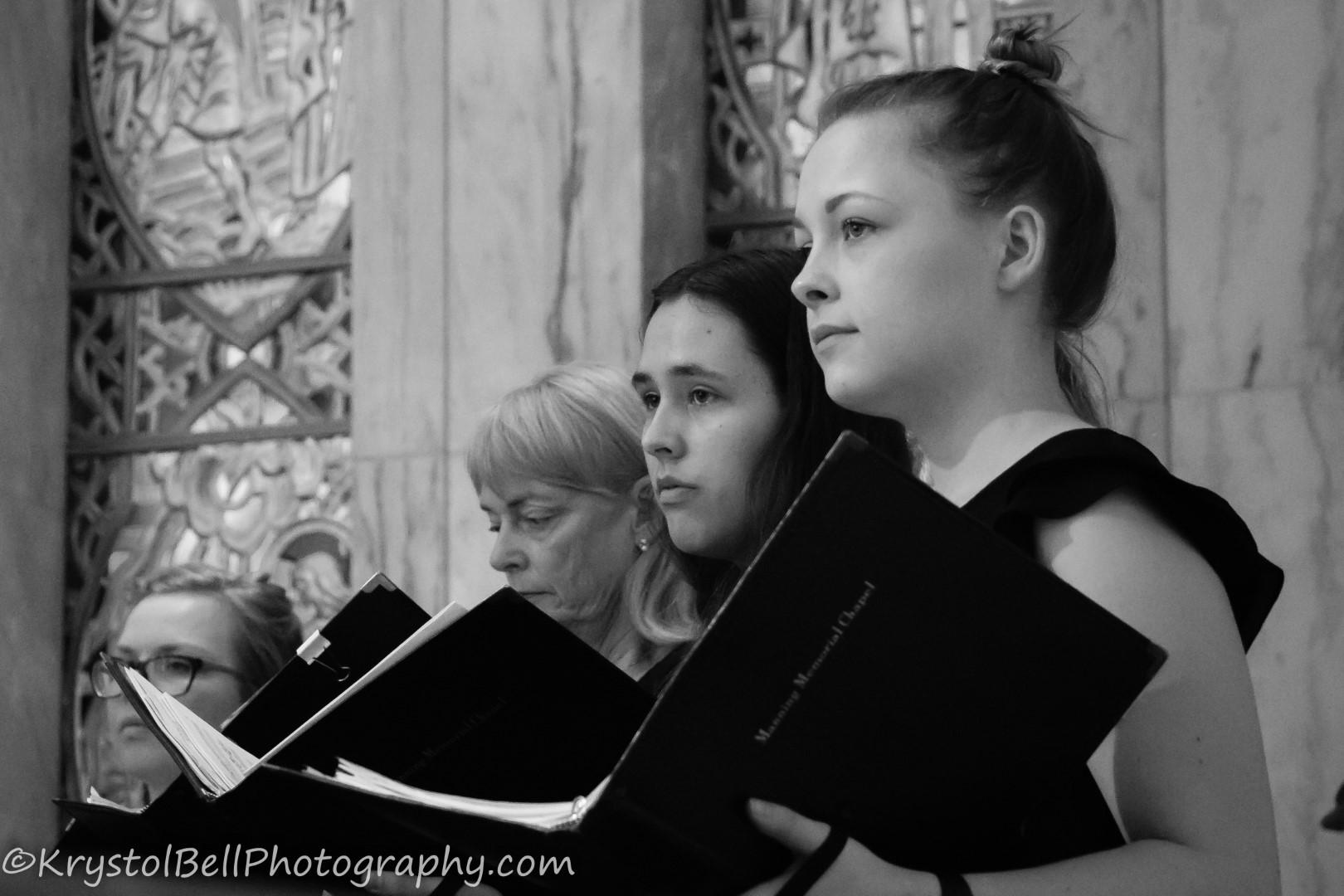 Choir BW 061.jpg