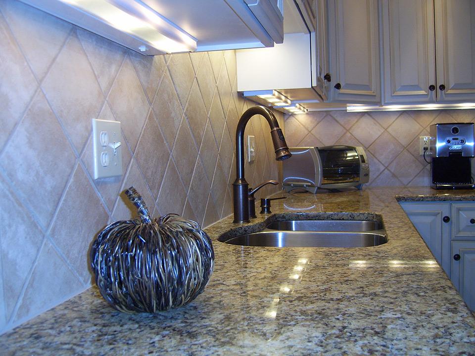 marble-countertop-rc-construction.jpg
