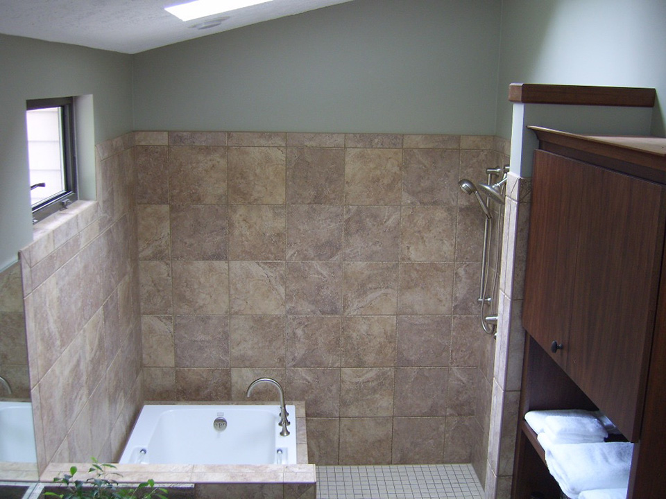 bathroom-reno-tiled-shower.jpg