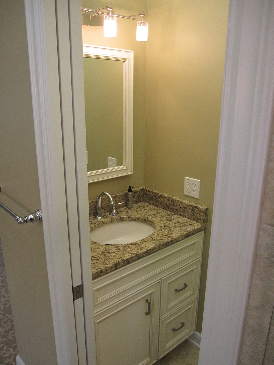 marble-sink-bathroom.jpg