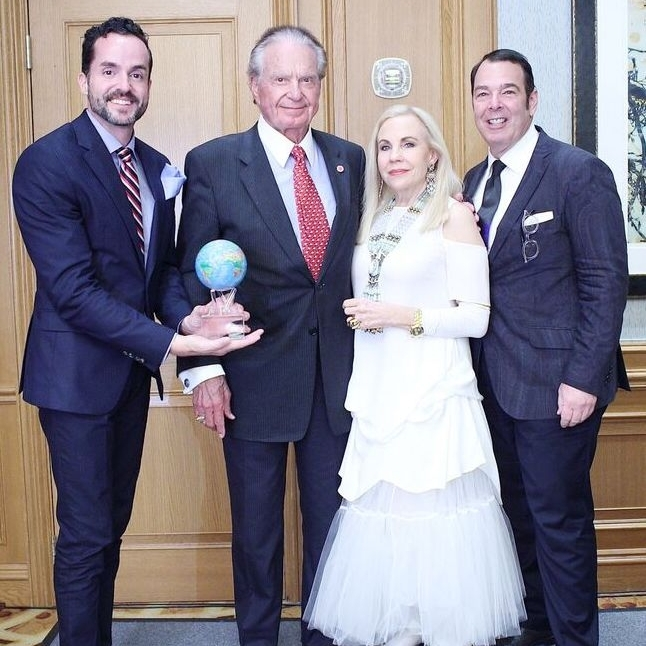 Welcome Wilson, Sr.  received our first  Great Age Movement Award  presented by  Fritz McDonald , Founder & President and  Dr. Carolyn Farb,hc  ( carolynfarb.com ) and  Peter Martino.