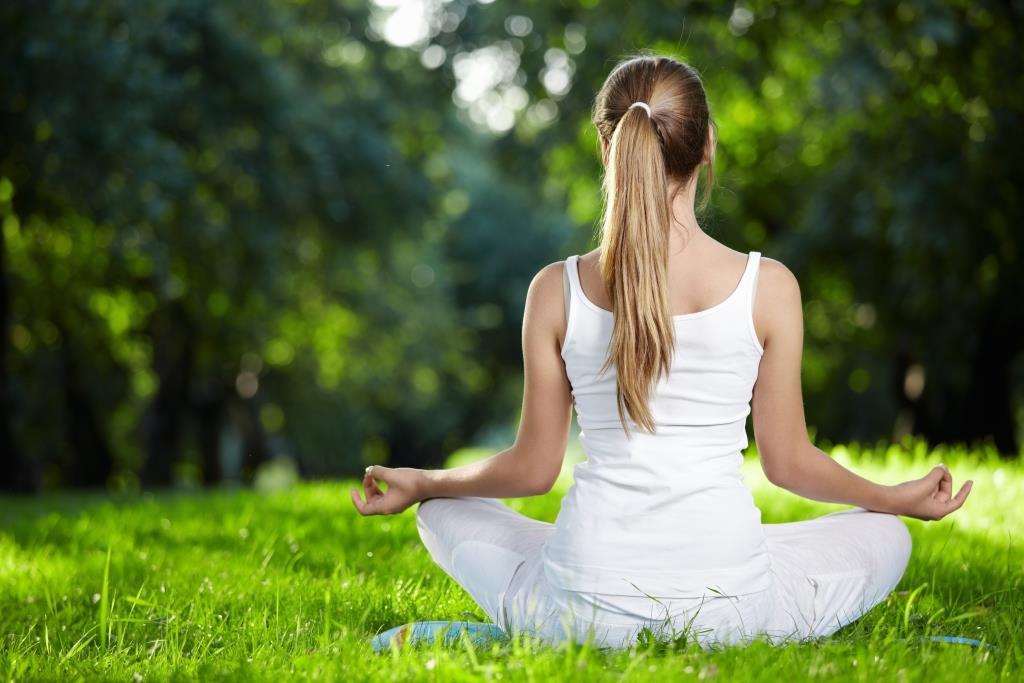 Yoga-Class-in-the-Garden-1.jpg