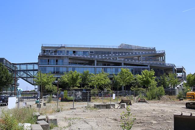 Lacaton-Vassal-Ecole-Architecture-Nantes-1-somerset-architect