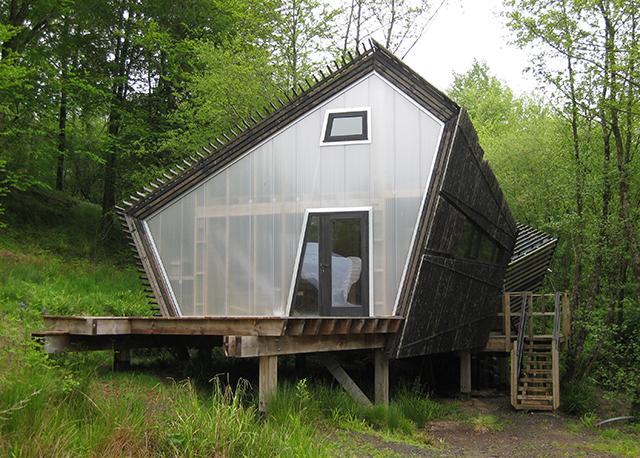 Hooke-Park-student-lodge-dorest-architect-bizley