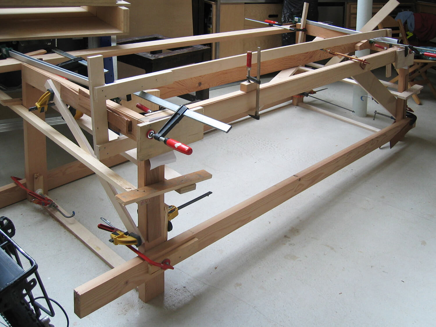 2 Table-Dining-Kitchen-Bizley-Somerset-Architect-Newington-Green-clamps.jpg