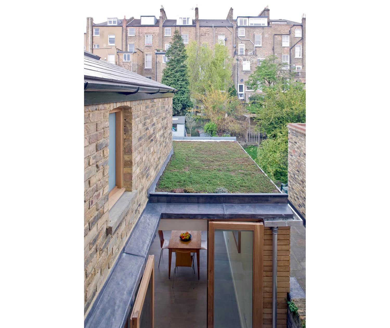 Balfour House 5 - 2500W RGB.jpg