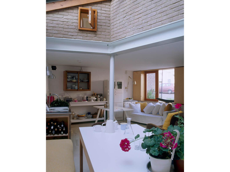 Newington Green House 1 - 1500W RGB - Prewett Bizley Architects.jpg