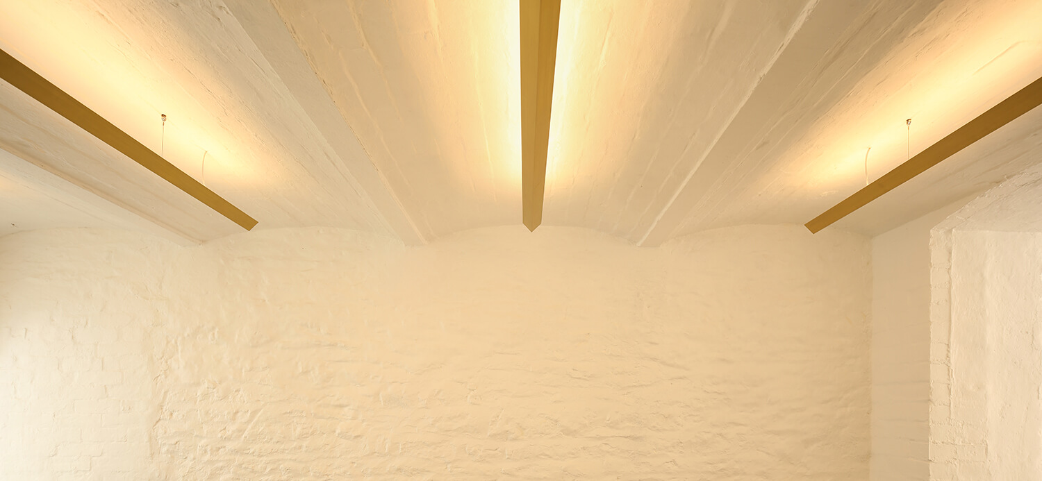 2-bruton-narrow-house-brass-light-bizley-somerset-architect.jpg