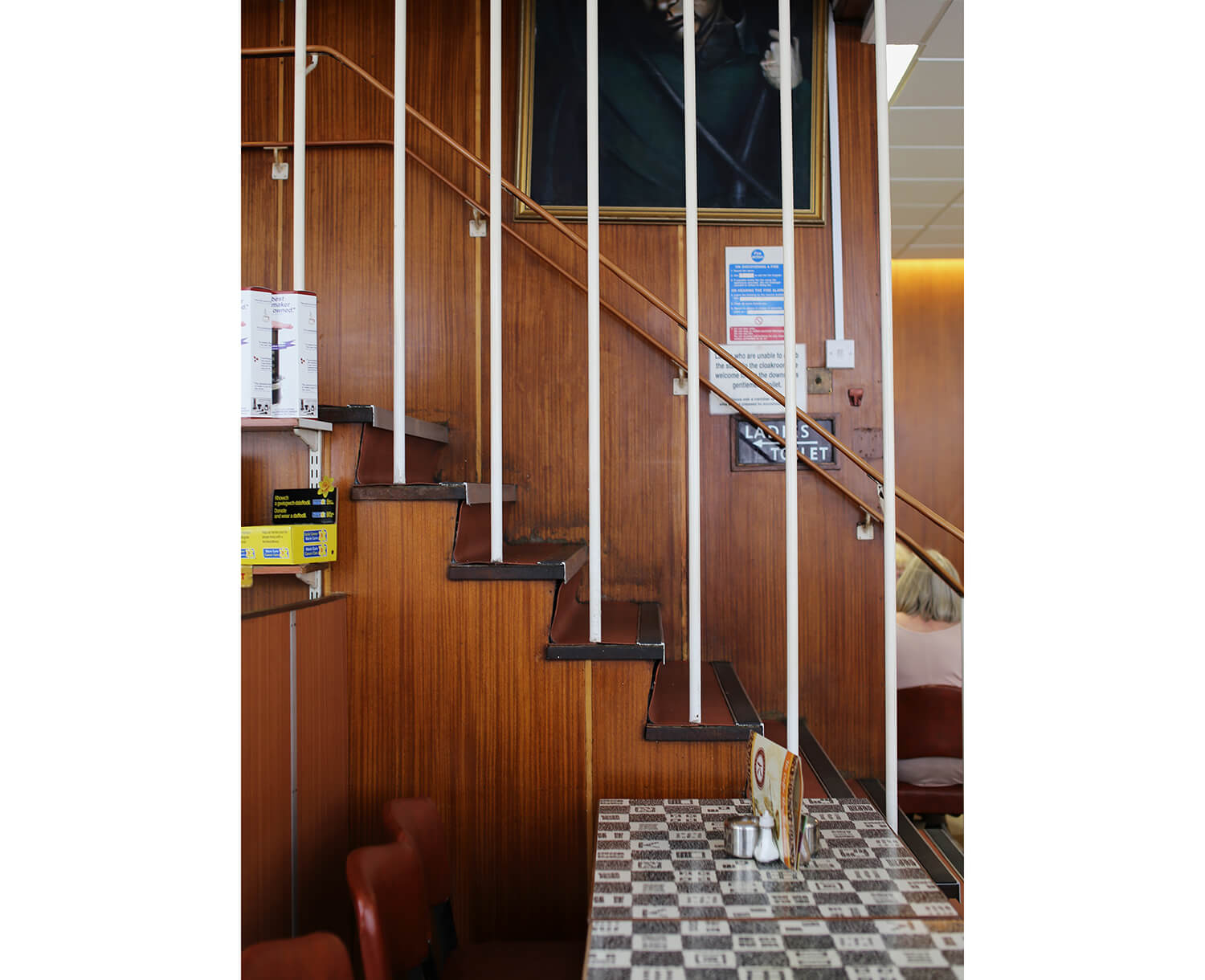 Kardomah-Cafe-Swansea-interior-staircase