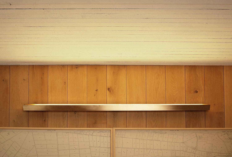 Brass-wall-light-strip-led-bizley-somerset-architect-4.jpg