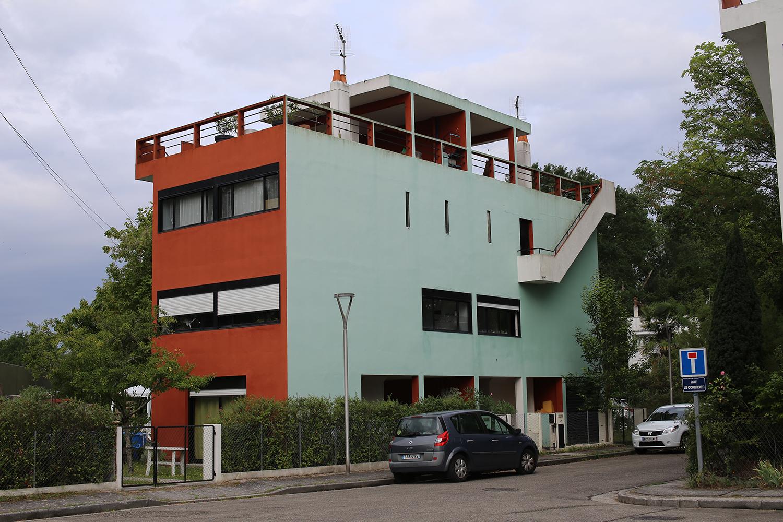 Le-Corbusier-Cite-Fruges-Pessac-Bizley-Somerset-Architect-2.jpg