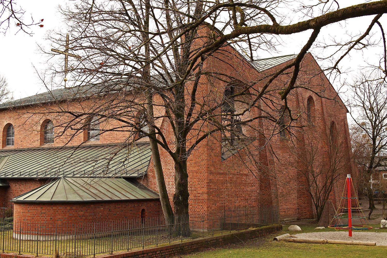Emil-Steffann-St-Laurentius-Munich-Bizley-Somerset-Architect-6.jpg