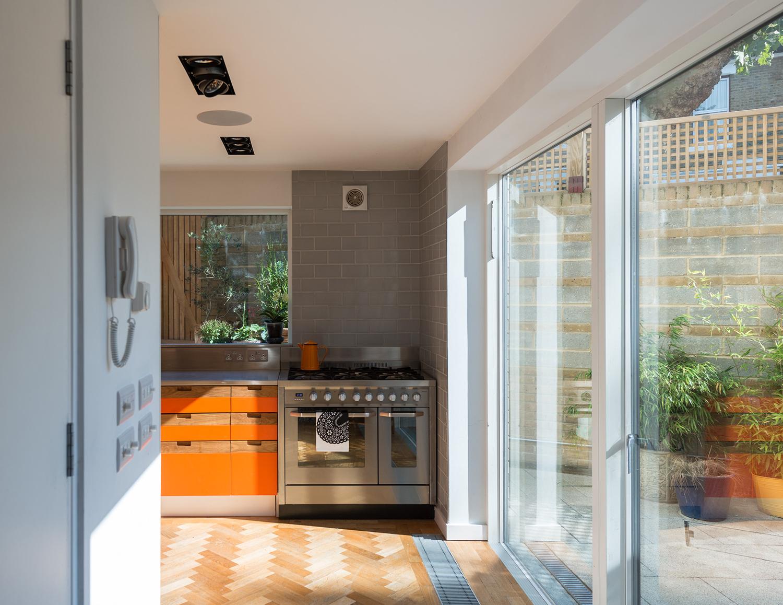 Kyverdale-Hackney-House-N16-Prewett-Bizley-Architects-grand-designs-29.jpg