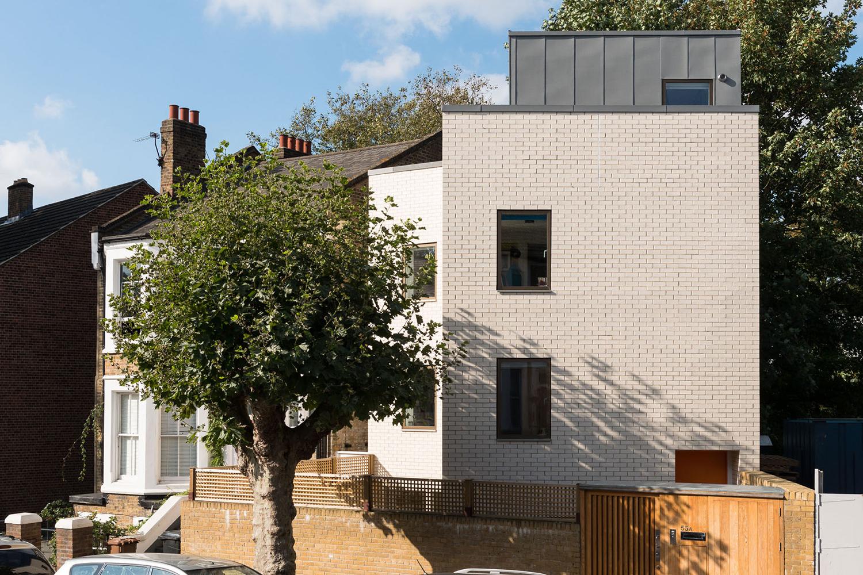 Kyverdale-Hackney-House-N16-Prewett-Bizley-Architects-grand-designs-12.jpg