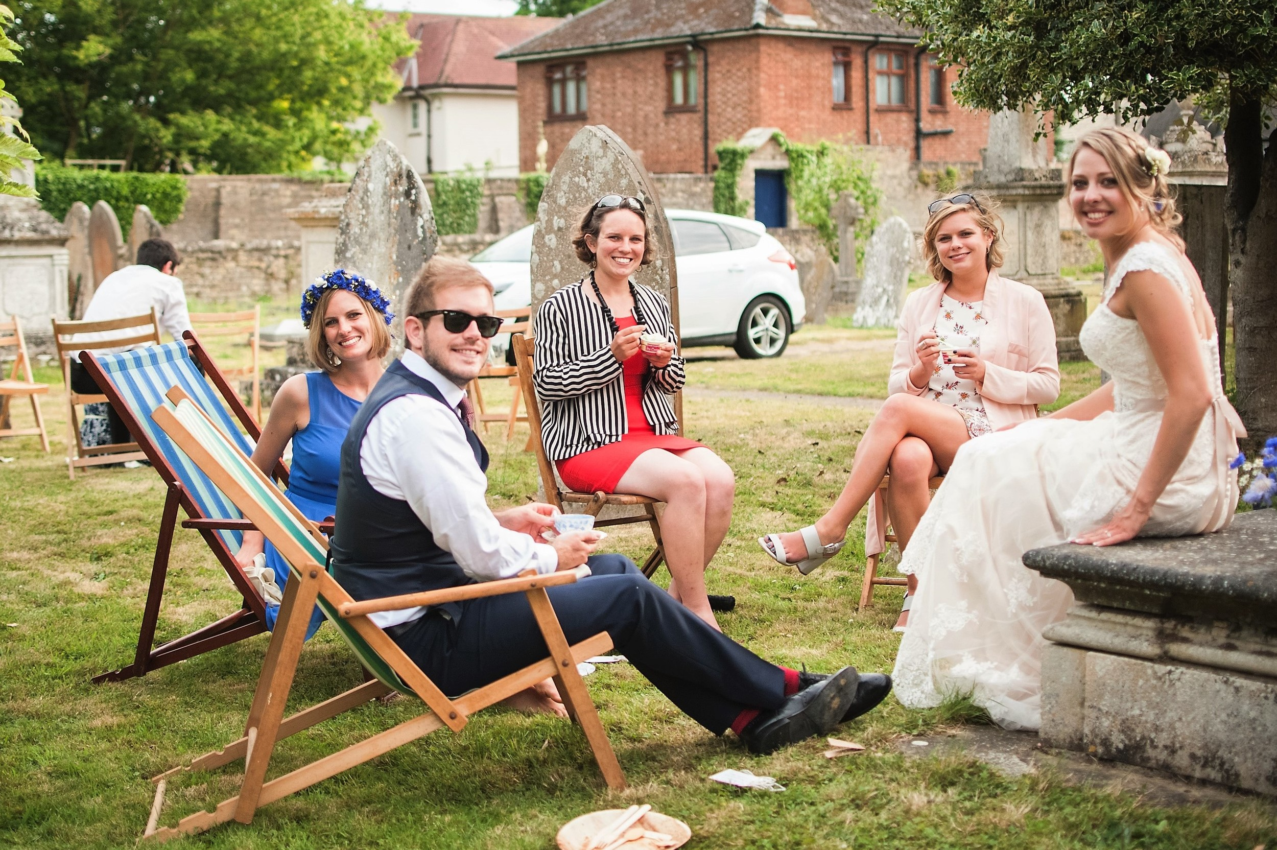 inspiration - relaxed outside wedding - deck chairs.jpg