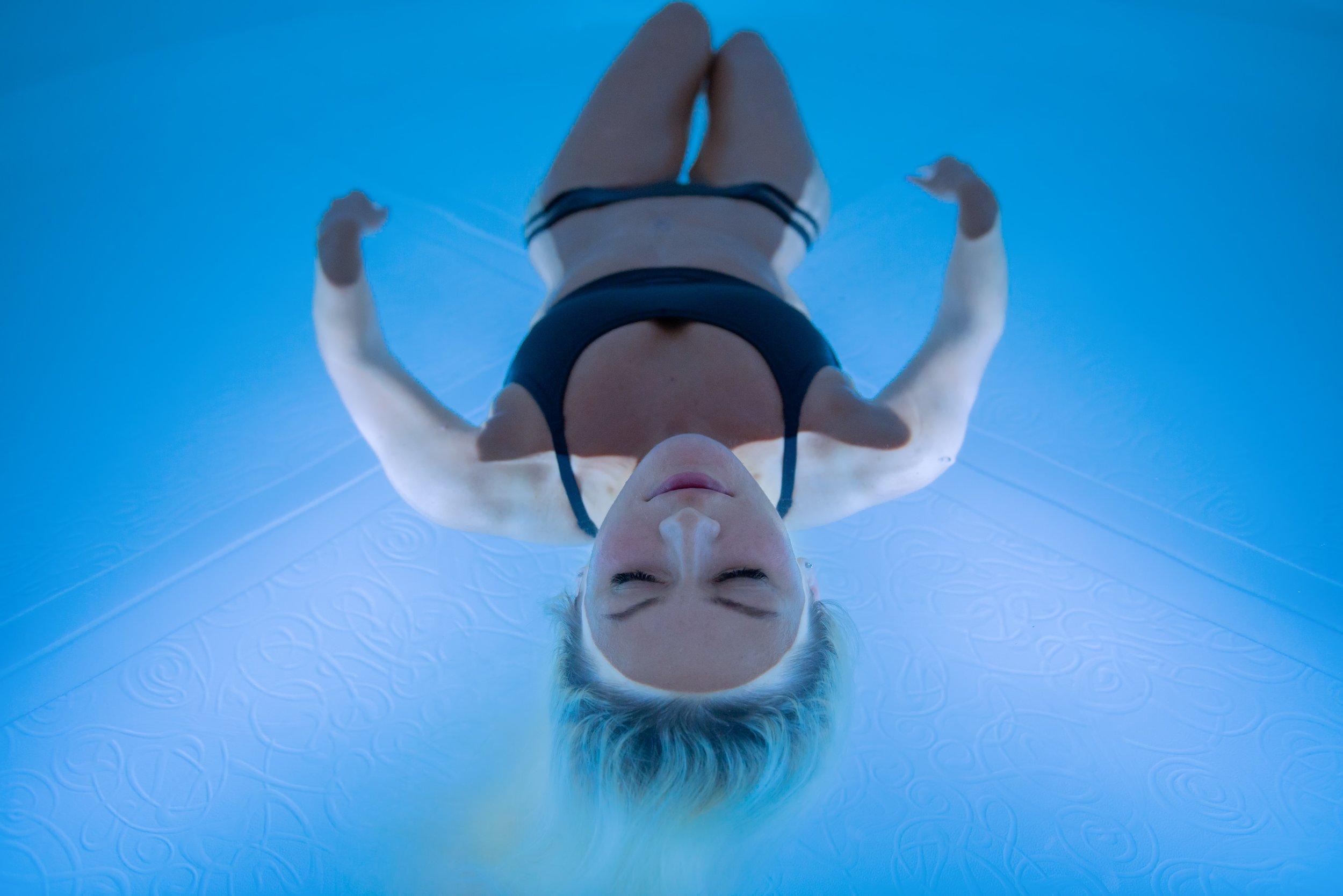 Floating- Majortsuen.jpg