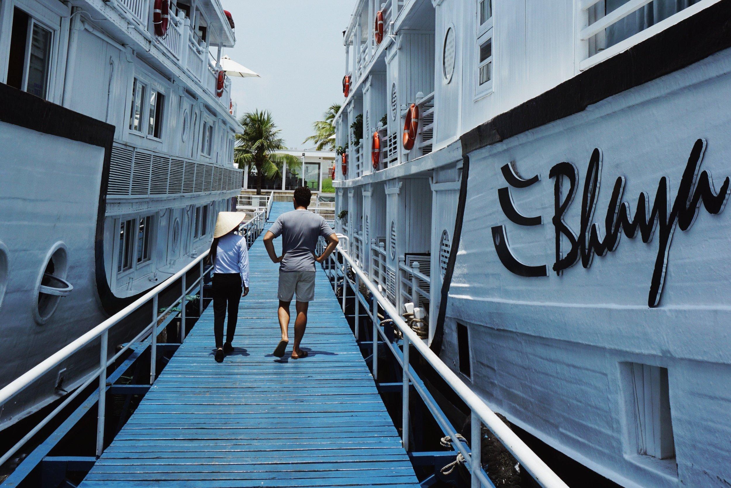 sustainable tourism aboard the au co luxury cruise