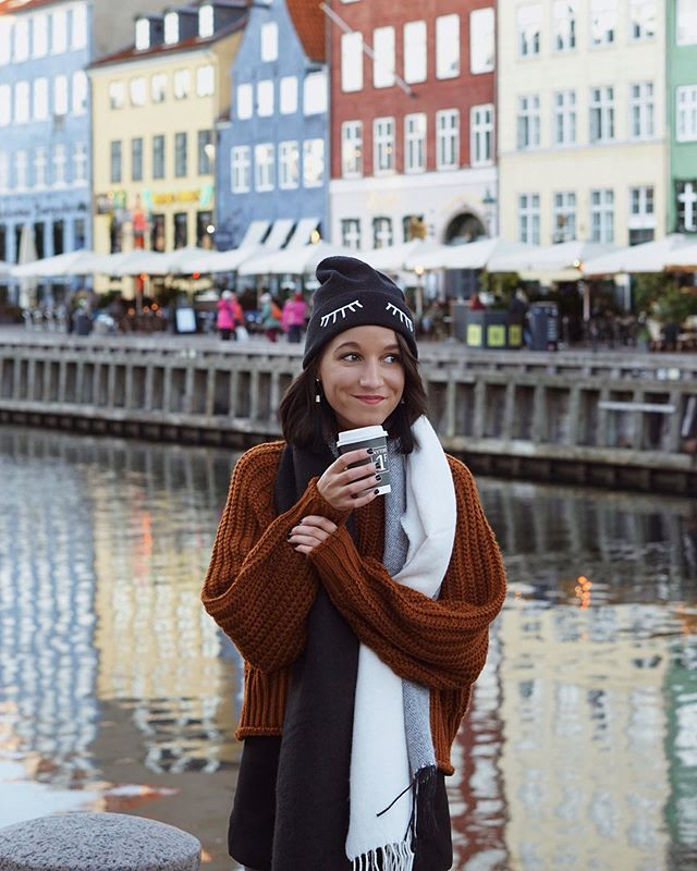 The most accurate series of before and after photos you'll ever see. Also my two and only two moods. . #antesydespuesdelcafe . . . . #copenhagen #copenhagenheat #travelanddestinations #dametraveler #intravelist #timeoutsociety #passionpassport #passportready #exploretocreate #darlingescapes #citizenfemme #fromwhereistand #globelletravels #traveldreamseekers #mytinyatlas #visitcopenhagen #femmetravel #suitcasetravels #traveloguedestinations