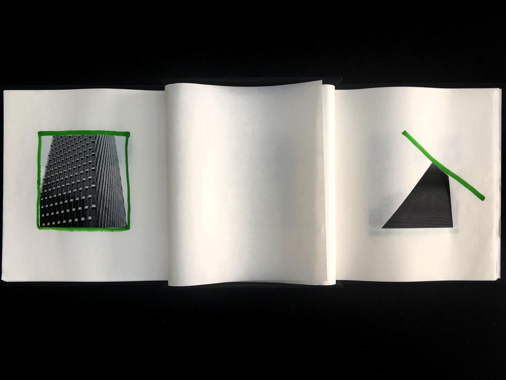 Dragon Vert   8 pages imprimées en jet d'encre sur papier de riz (non reliées), feutre vert co-réalisation : Nicolas Bojko avec la précieuse aide de Jingyi Hu coffret : 24x27x4,5cm (fermé) / 80x46x2,5cm (ouvert) édition unique 2018
