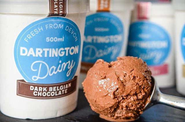 ⭐️ Honoured to be recognised by the prestigious Guild of Fine Food  for our Dark Belgian Chocolate Ice Cream in the 2017 Great Taste Awards.  Well done to the production team for achieving the recognition. Gold star!  #GreatTasteAwards #icecream #winning #dartington #exeter #devon
