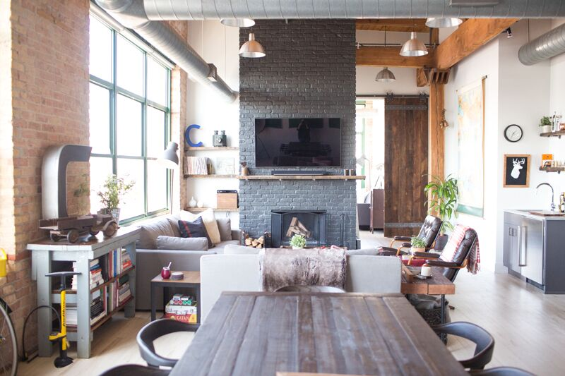 WEST LOOP TIMBER LOFT -