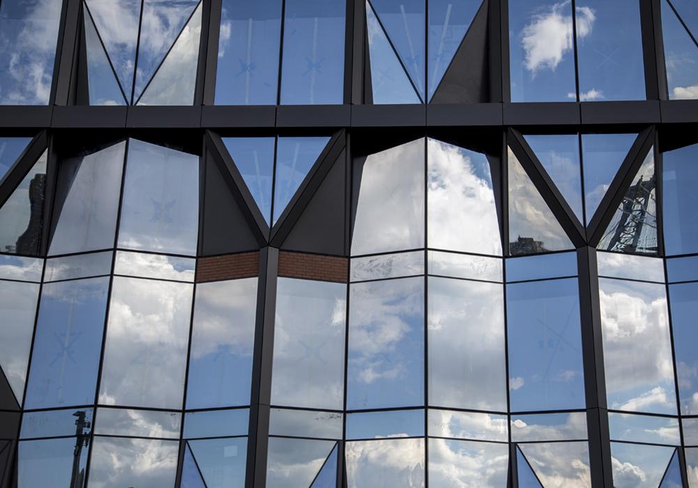 lindsay_michelle_nyc_buildings4.JPG