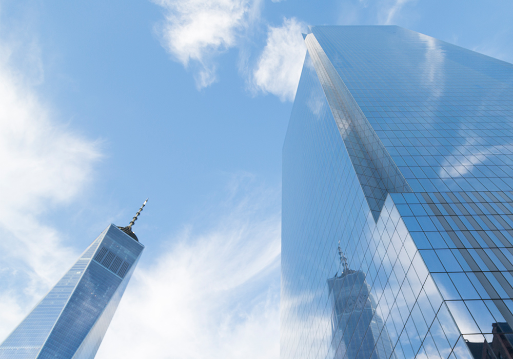 Lindsay_Michelle_Photography_Architecture_WorldTrade_Reflection.jpg