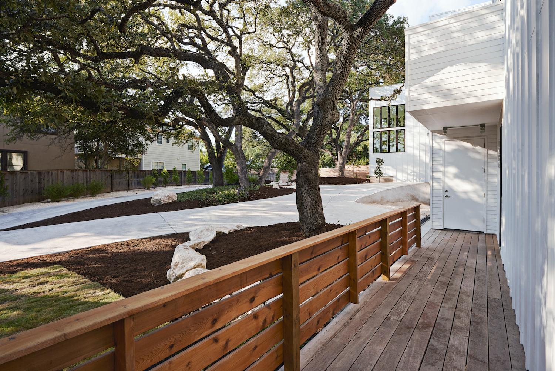 WDLD_Exterior Porch Drive_lowres.jpeg