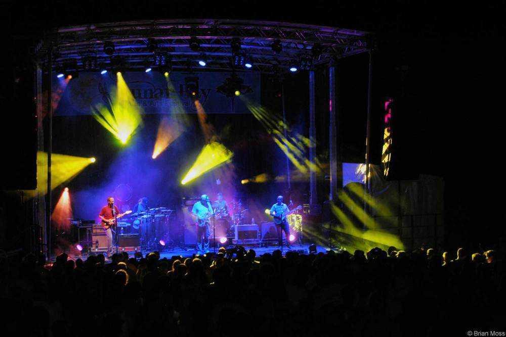 moe. band stage lighting