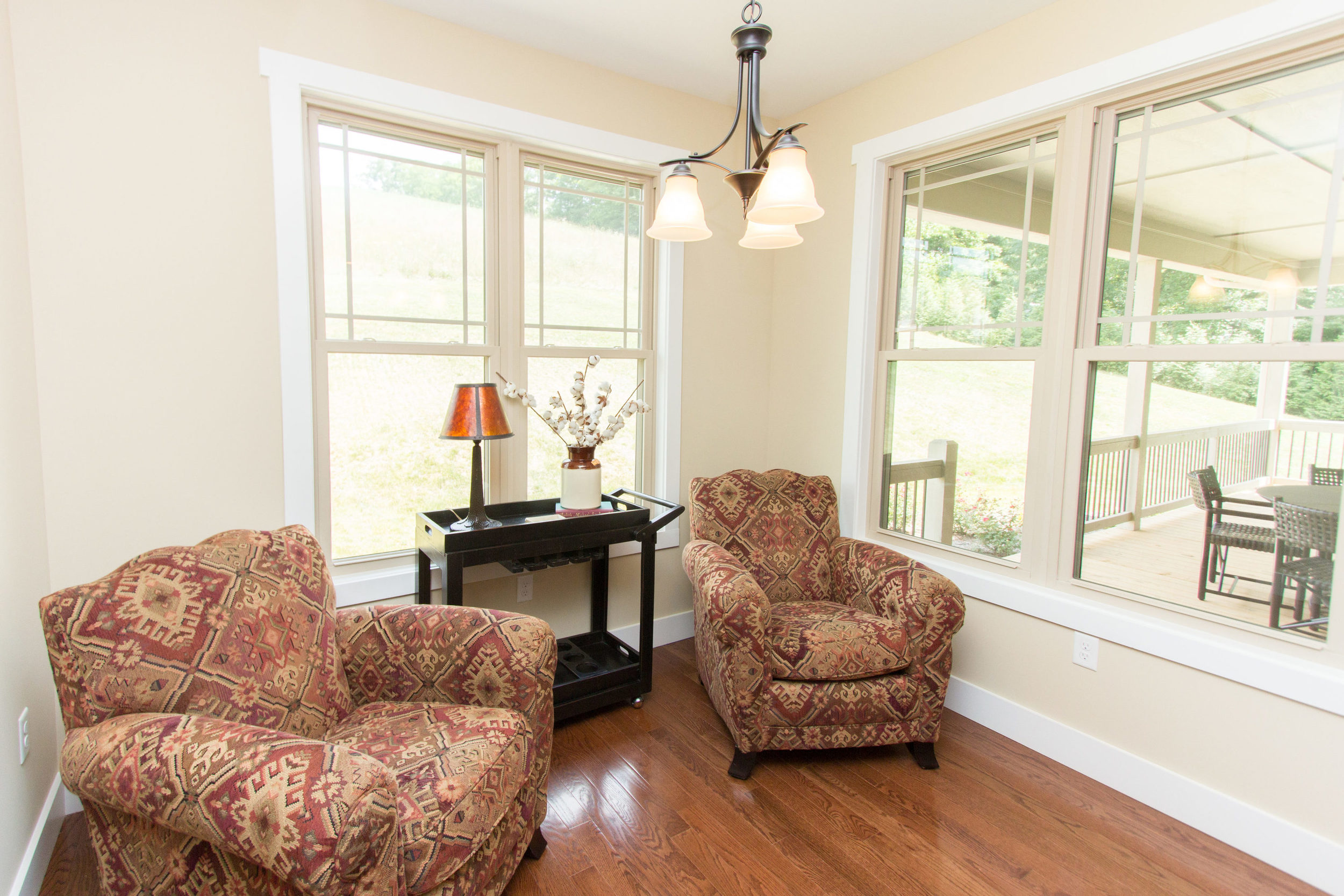 97 Israel Rd Leicester NC-MLS_Size-036-57-Breakfast Nook Seating Area-3000x2000-72dpi.jpg
