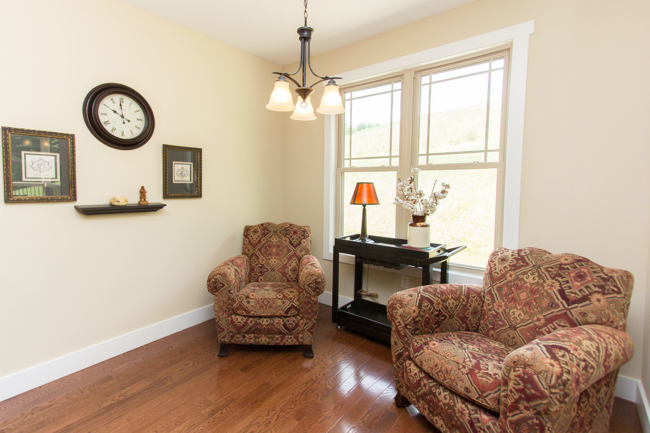 97 Israel Rd Leicester NC-MLS_Size-035-54-Breakfast Nook Seating Area-3000x2000-72dpi.jpg