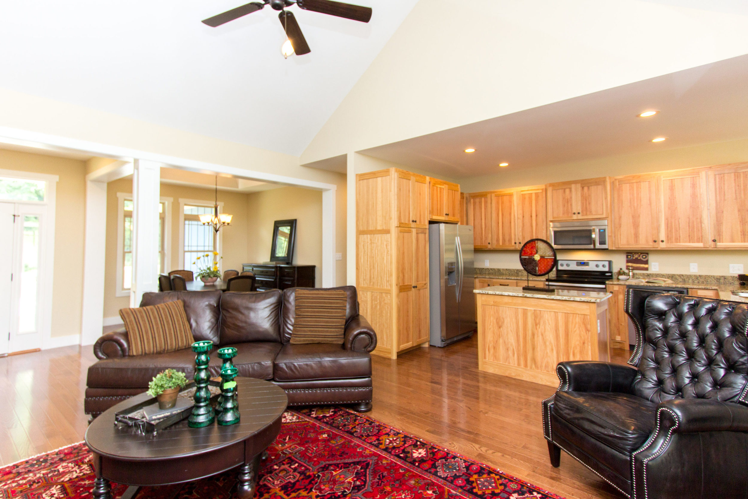 97 Israel Rd Leicester NC-MLS_Size-018-28-Living Room-3000x2000-72dpi.jpg