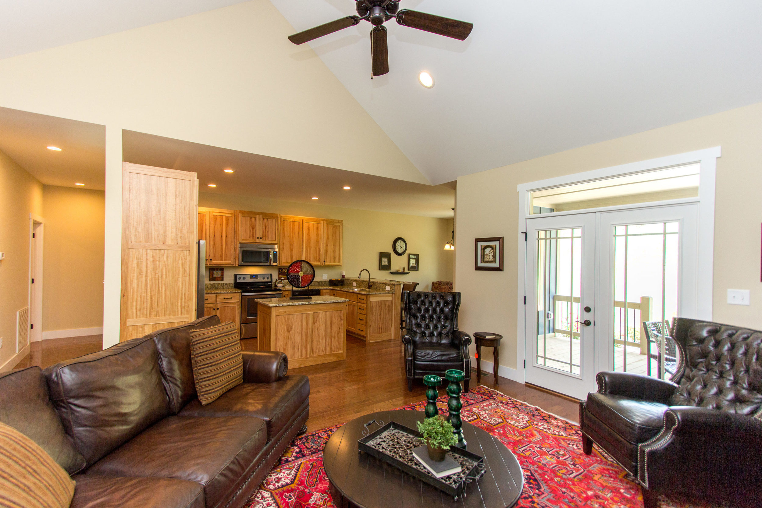 97 Israel Rd Leicester NC-MLS_Size-017-16-Living Room-3000x2000-72dpi.jpg