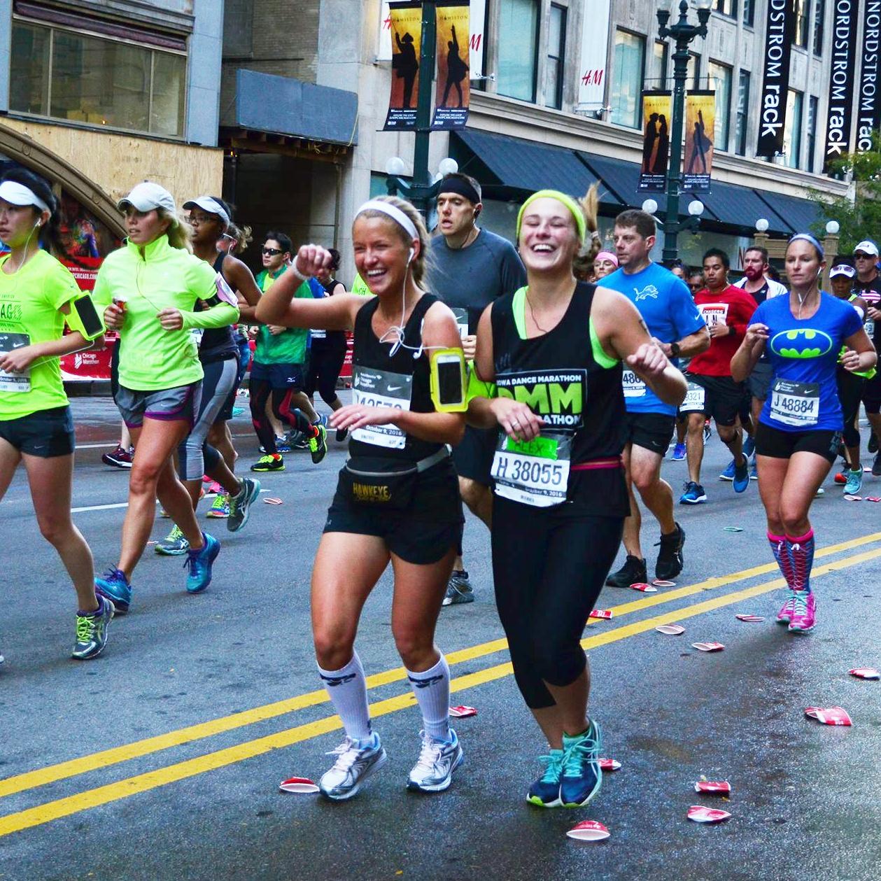 iowa-chi-omega-run-chicago-marathon-ftk-dance