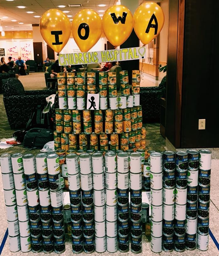 iowa_canstruction_homecoming_the_wave
