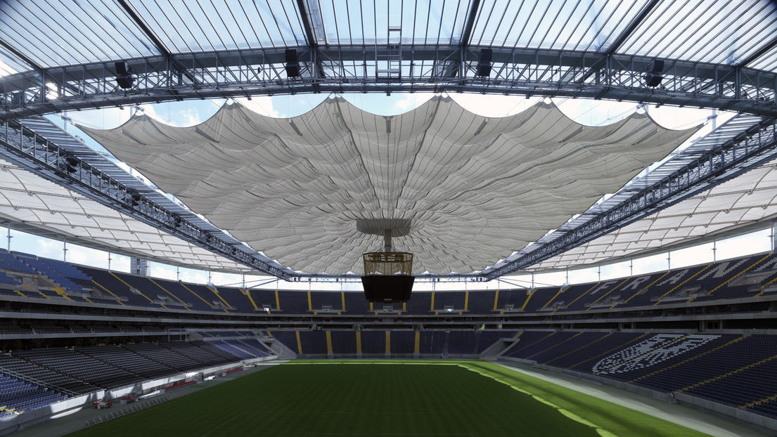 Photo Credit: http://www.gmp-architekten.com/projects/commerzbank-arena.html